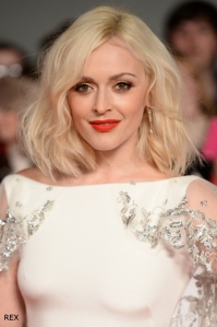 Fearne-Cotton-NTAs-Hair-Bob-Platinum